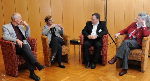 Gesprächsrunde Johann Wimmer, Hildegard Wustmans, Franz Moser, Veronika Prüller-Jagenteufel