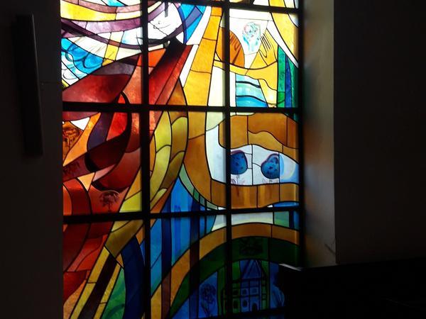 Glasfenster Verkündigung Kapelle hiphaus c) fm