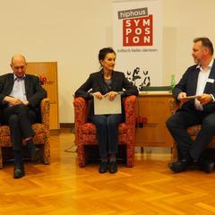 Das Podium am Freitag mit Hans G. Zeger, Gabriele Sorgo und Erich Wagner-Walser