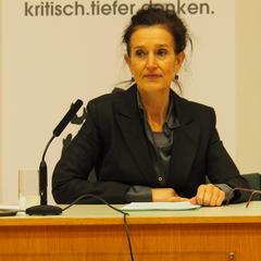 Gabriele Sorgo bei ihrem Vortrag