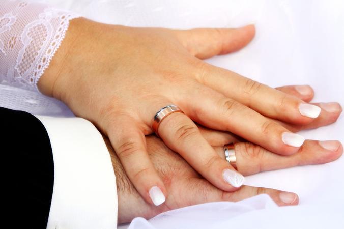 Eheseminar. Für Paare, die sich auf die kirchliche Trauung vorbereiten.
