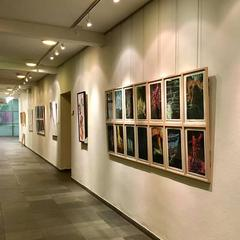 Bildungshaus St. Hippolyt Herwig Zens, Marcus Hufnagl Ausstellung Gang